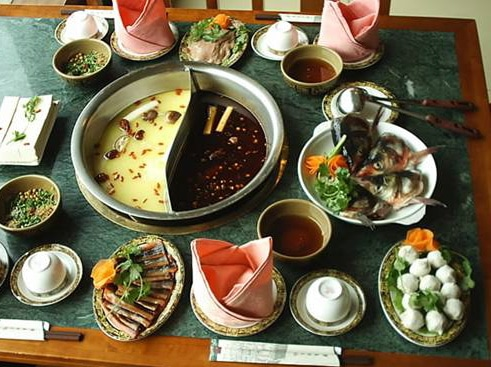 china travel tourists famous spicy hot pot dishes