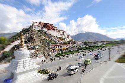 traffic outside potala palace street view