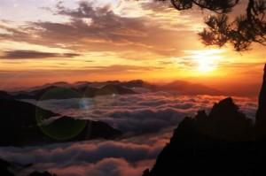 huang shan mountains hiking sunrise