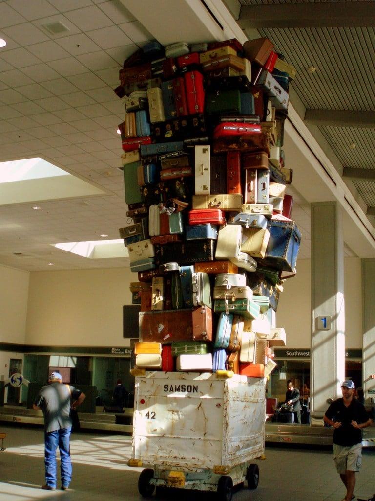 funny baggage claim tourists