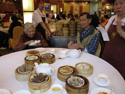 hong kong dim sum lores 300x225 Best Hong Kong Restaurants | Reviews of top ...