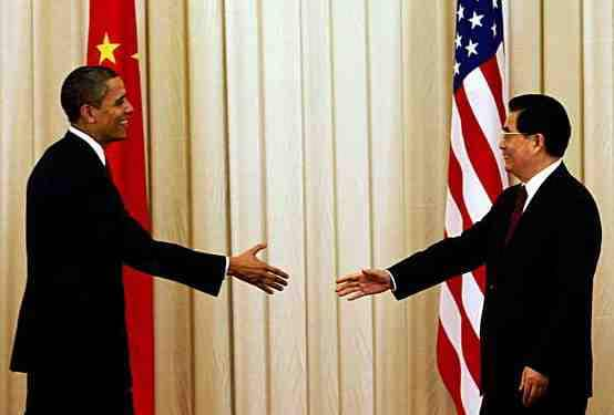 Chinese and American presidents shaking hands
