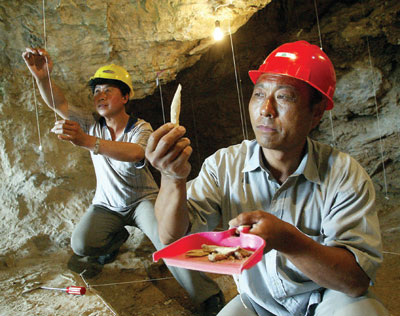 Chinese archeologists dig for evidence of the Xia dynasty