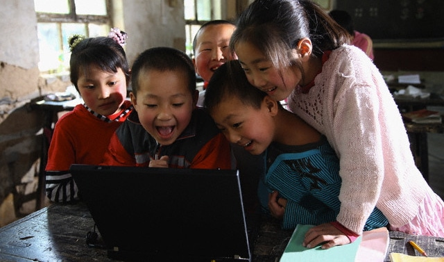 chinese students school computer Facts about China: EDUCATION