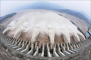 three gorges dam China Energy, Pollution, Environment facts & statistics